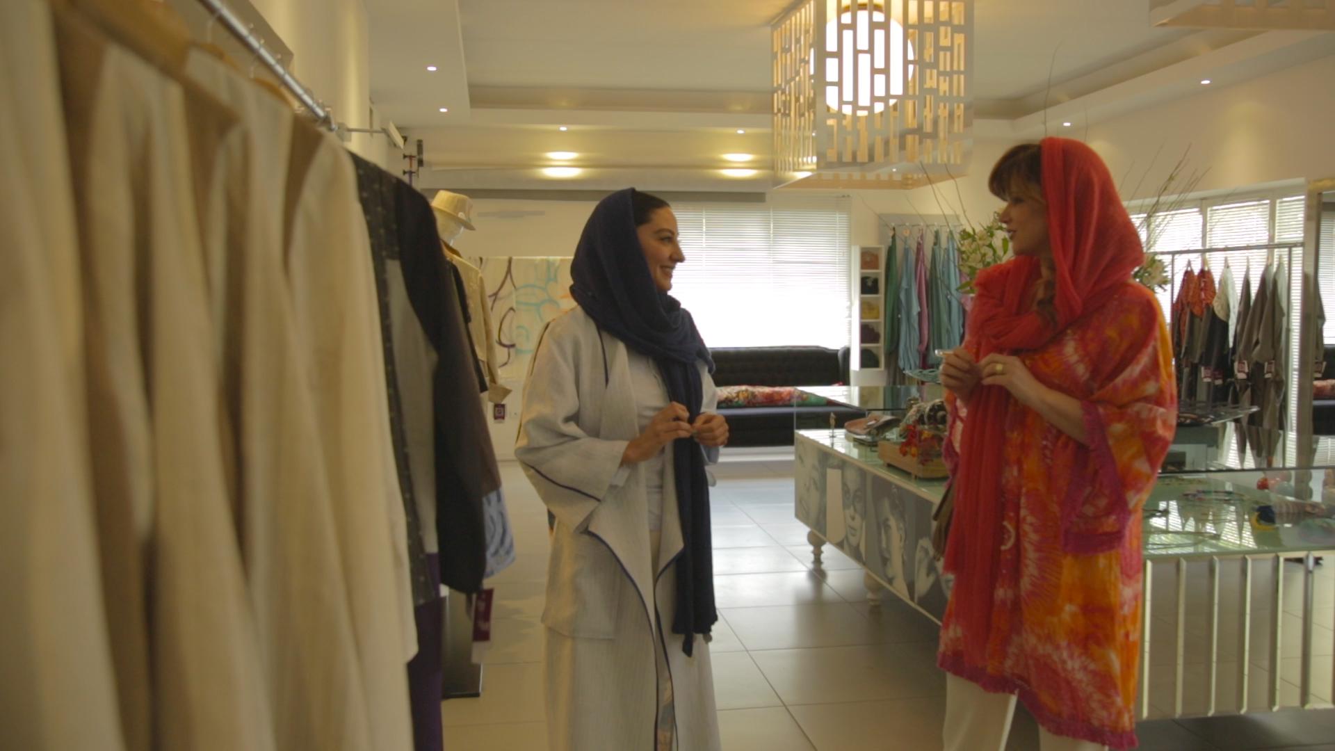 Με τη σχεδιάστρια μόδας Ν. Κιουμαρσί