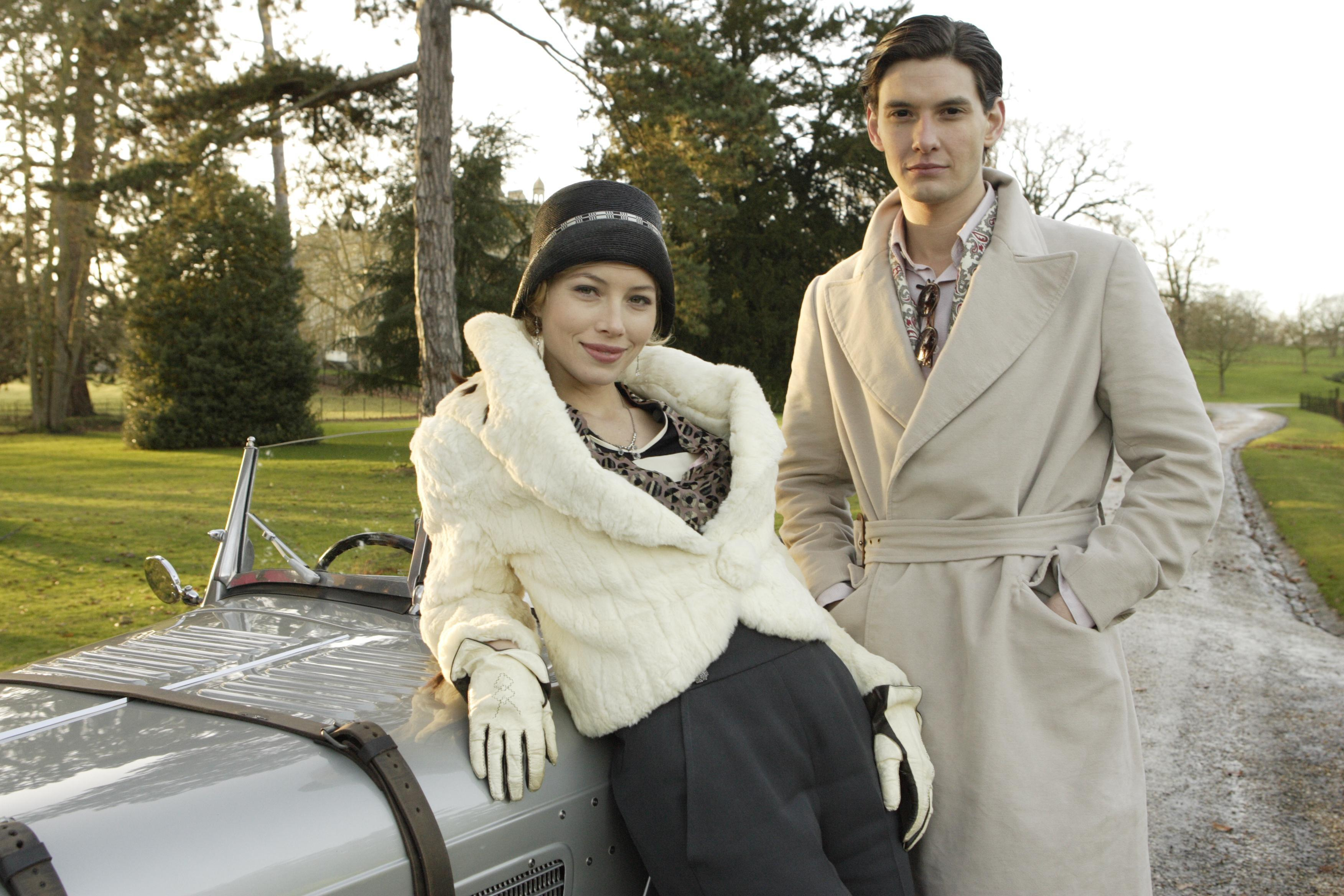 Easy Virtue (9)