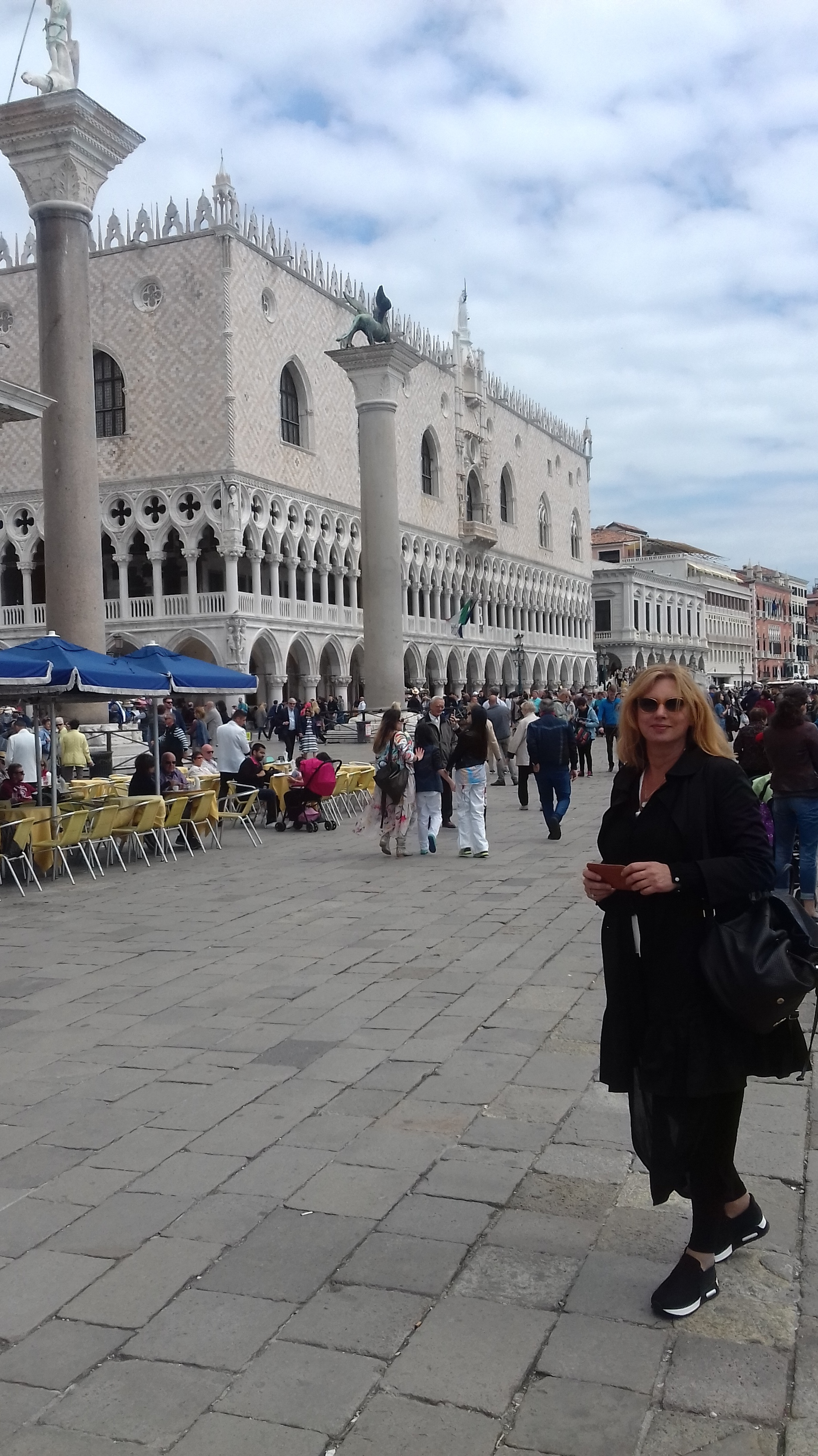 «57η Μπιενάλε Βενετίας»