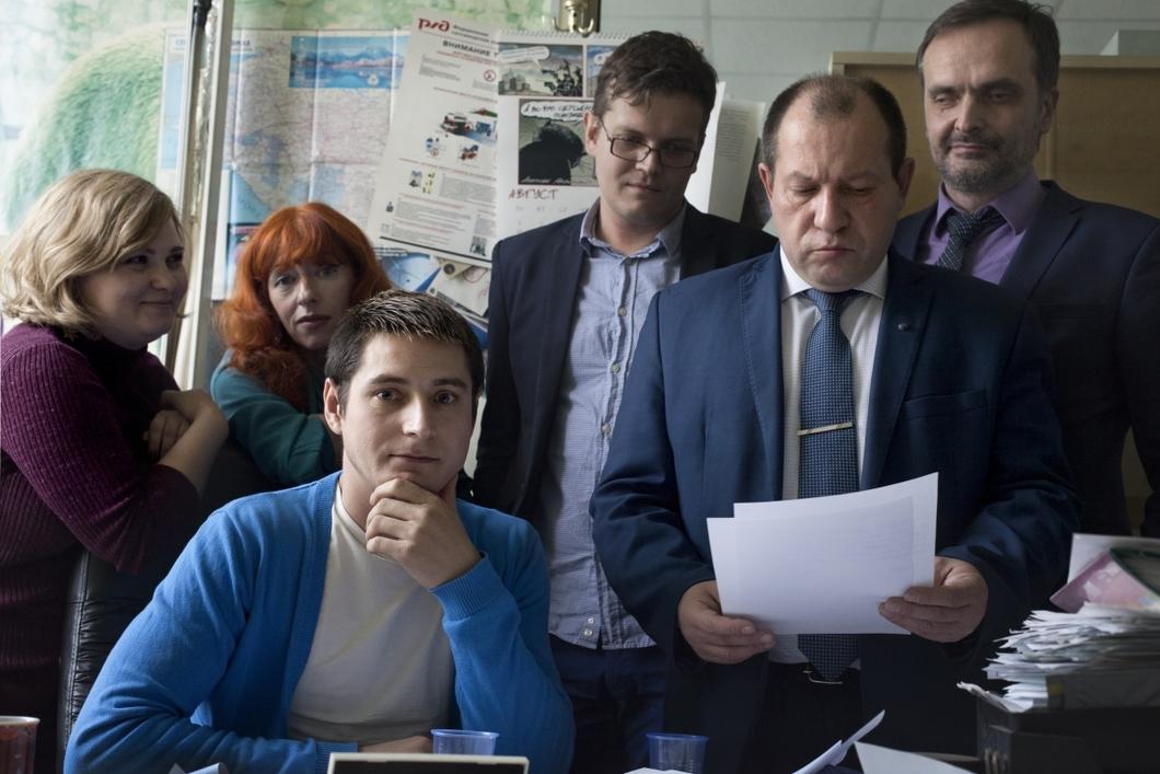 Ο Μαξίμ Λαπούνοφ καταγγέλλει για πρώτη φορά δημόσια τα βασανιστήρια των ομοφυλοφίλων στην Τσετσενία κατά τη διάρκεια συνέντευξης Τύπου στα γραφεία της εφημερίδας «Νόβαγια Γκαζέτα»