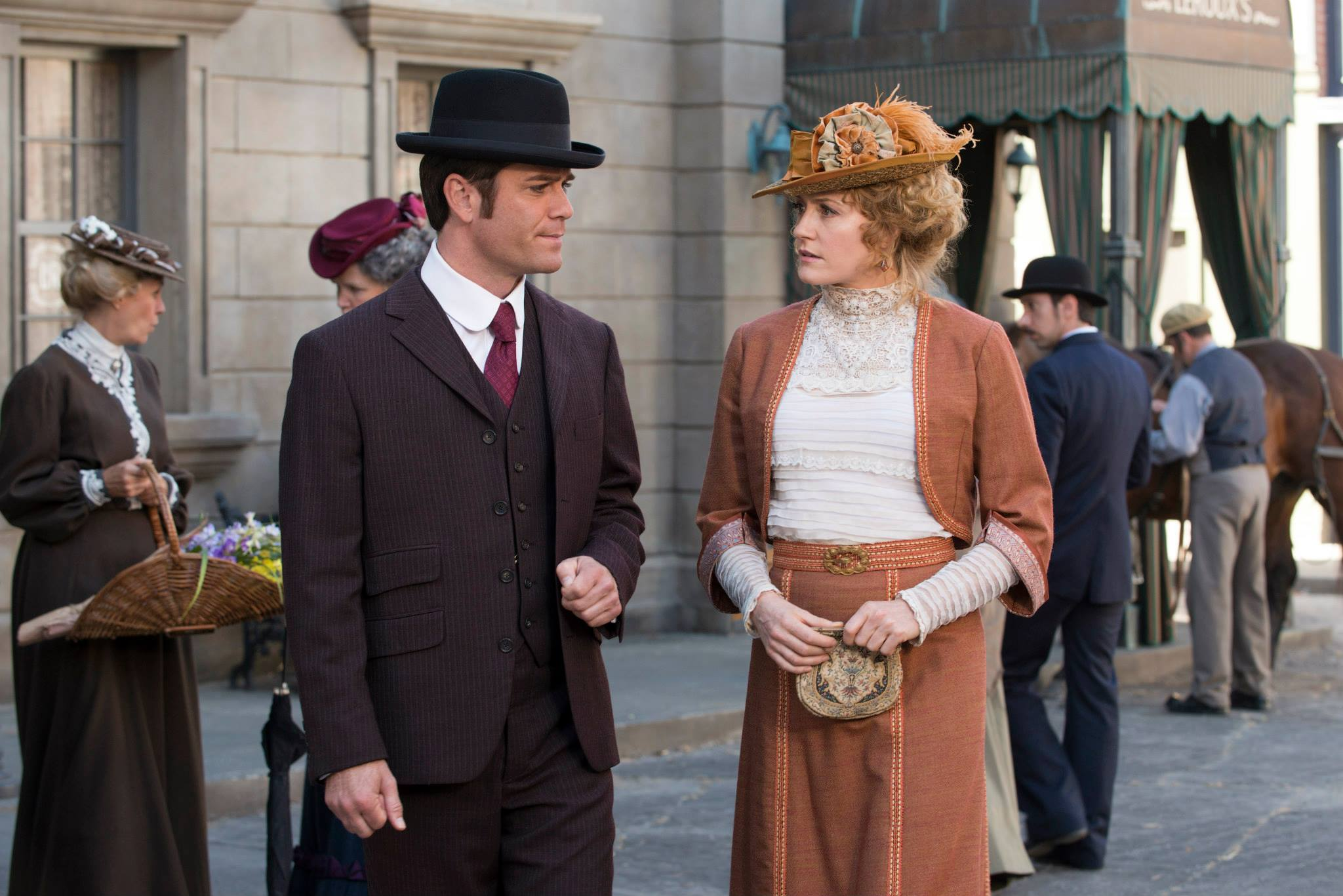 MURDOCH MYSTERIES Unfinished Business (5)